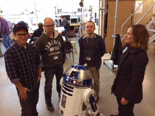 ]J.J. Abrams, Kathleen Kennedy, Lee Towersey, Oliver Steeples and R2-D2