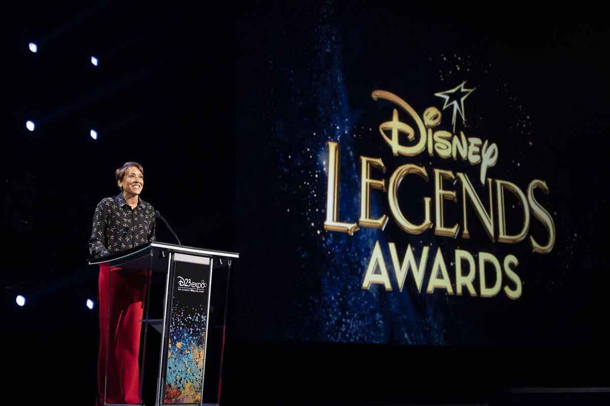 Robin Roberts at the Disney Legends Awards podium
