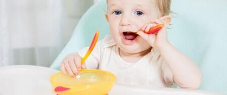 ¿Cómo deben ser los primeros cubiertos y platos del bebé?