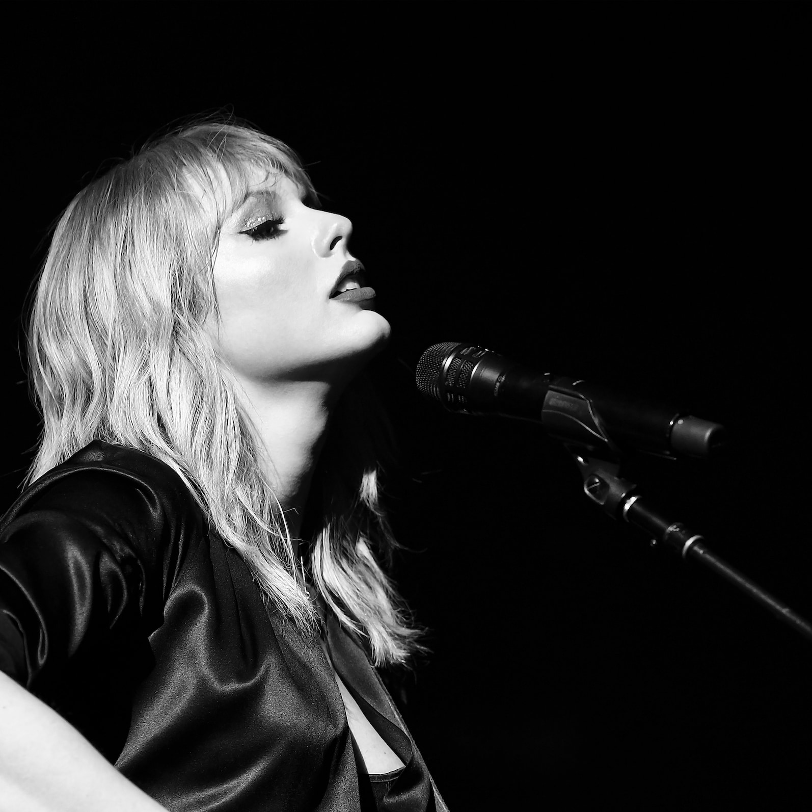 Fall in Love With Taylor Swift City of Lover Concert on Disney+!