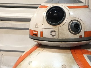 Star Wars: The Last Jedi Props and Costumes on Display at SDCC