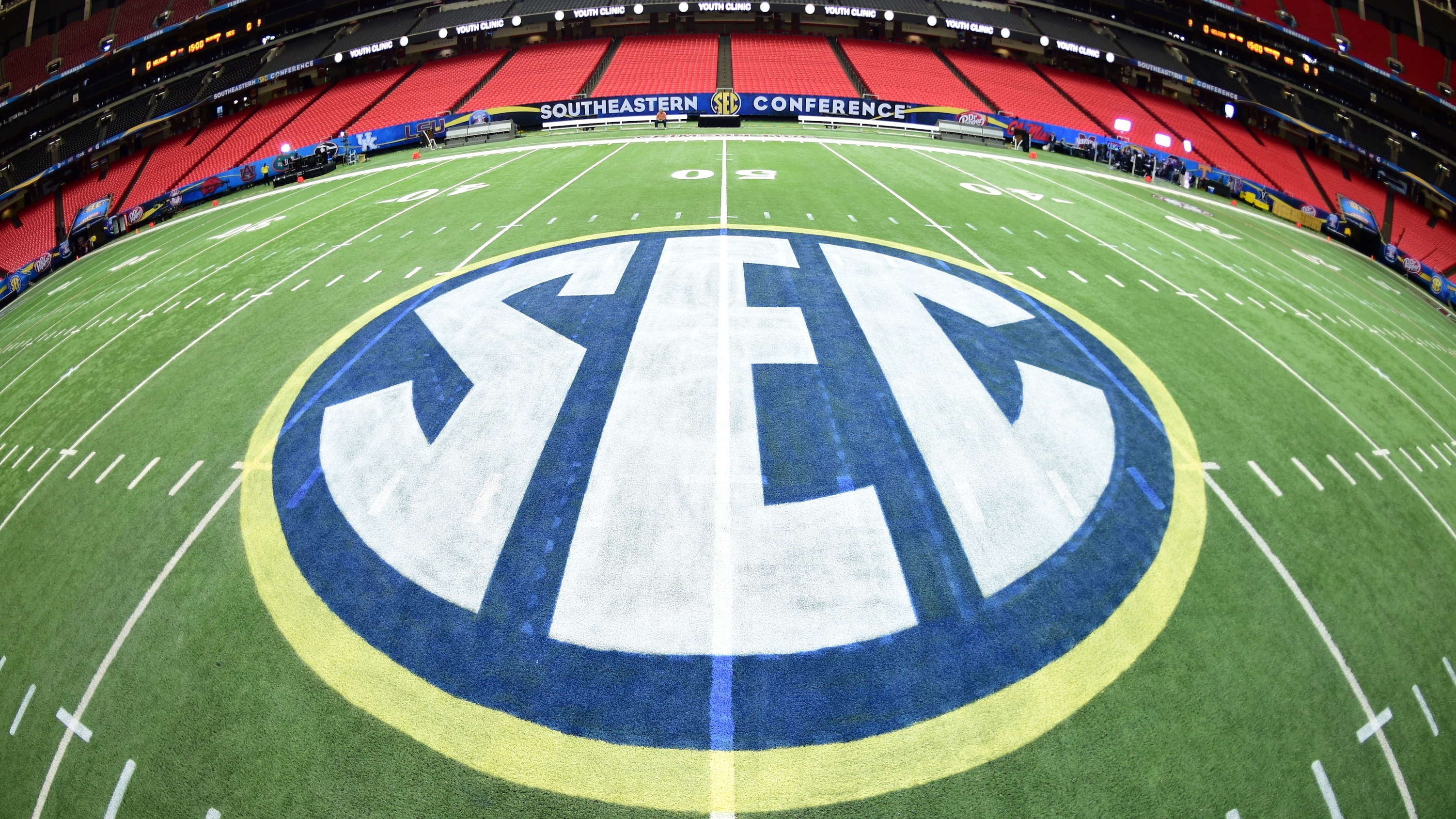 Atlanta, GA - December 4, 2015 - Georgia Dome: The field prior to the 2015 SEC Championship game (Photo by Phil Ellsworth / ESPN Images)