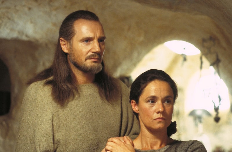 Qui-Gon Jinn and Shmi Skywalker