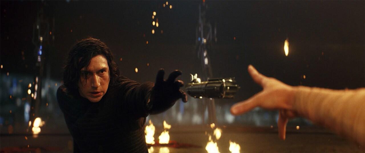 Kylo and Rey fighting for the Skywalker lightsaber