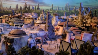 D23 2017: Doug Chiang Talks Designing Star Wars-Themed Land for Disney Parks