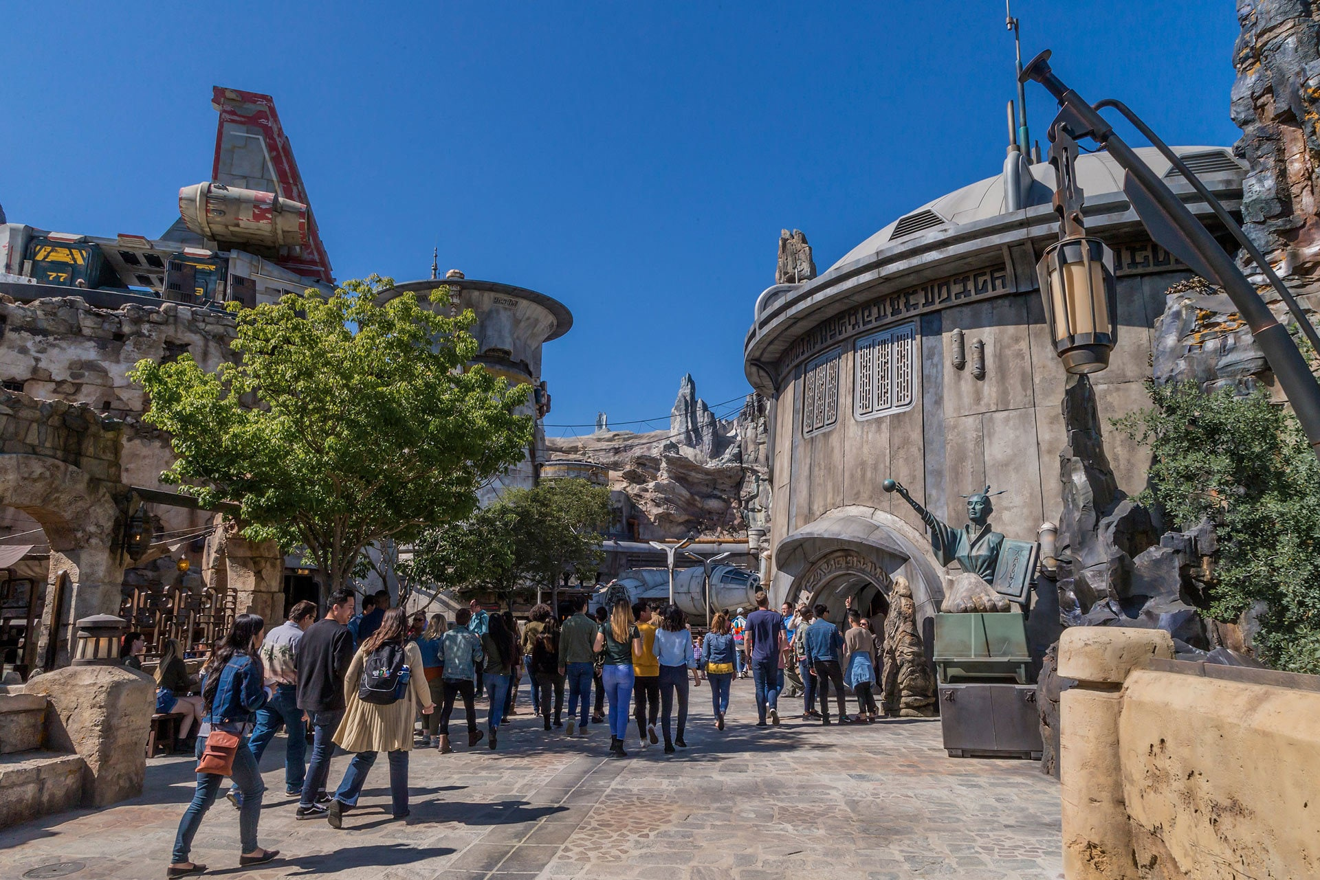 Guests visiting Star Wars: Galaxy's Edge will be able to wander the lively marketplace of Black Spire Outpost and encounter a robust collection of merchant shops and stalls filled with authentic Star Wars creations.
