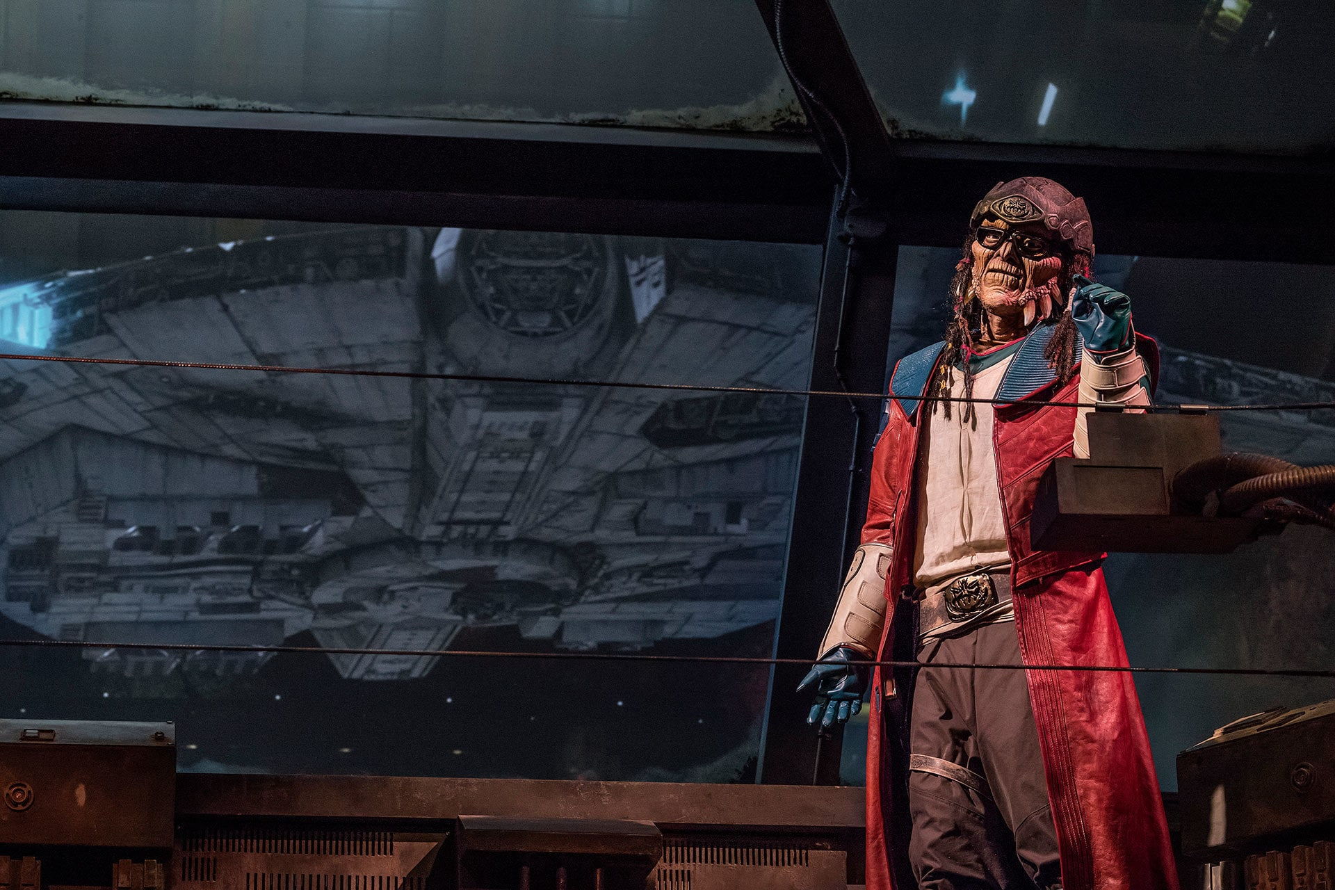 xThe notorious Weequay pirate, Hondo Ohnaka, gives guests their mission prior to boarding Millennium Falcon: Smugglers Run.