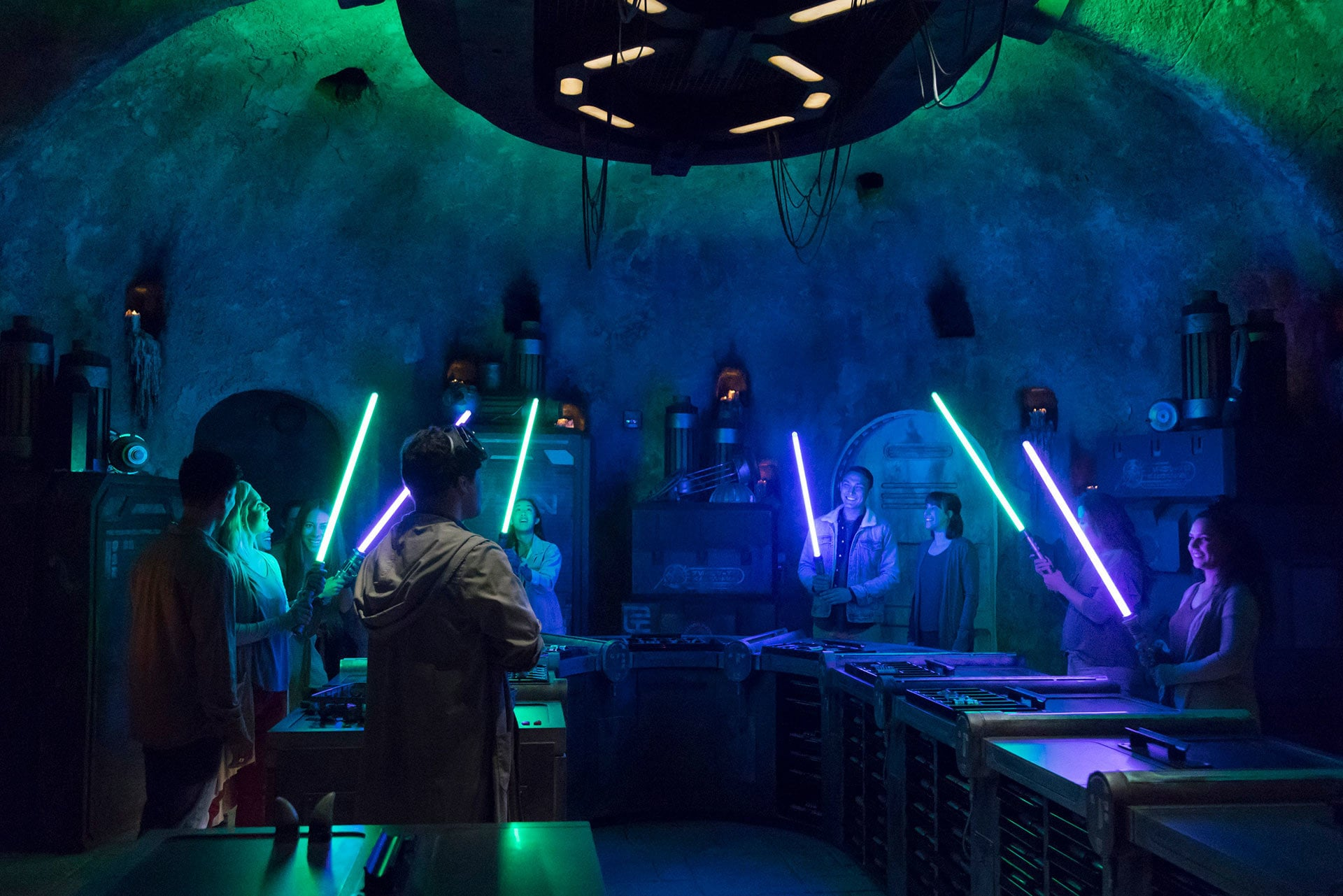 At Savi's Workshop, guests will have the opportunity to customize and craft their own lightsabers. In this exclusive experience, guests will feel like a Jedi as they build these elegant weapons from a more civilised age.