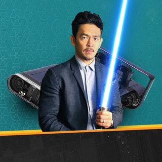 John Cho Talks Fandom and We Look at Han's Speeder from Solo!