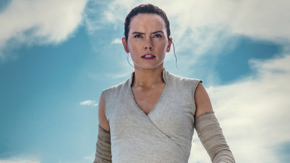 Rey from Star Wars walking