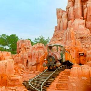 Um passeio virtual pela Big Thunder Mountain Railroad no Walt Disney World Resort