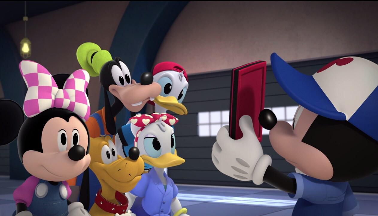 Mickey Aventura Sobre Ruedas y Disney Scan