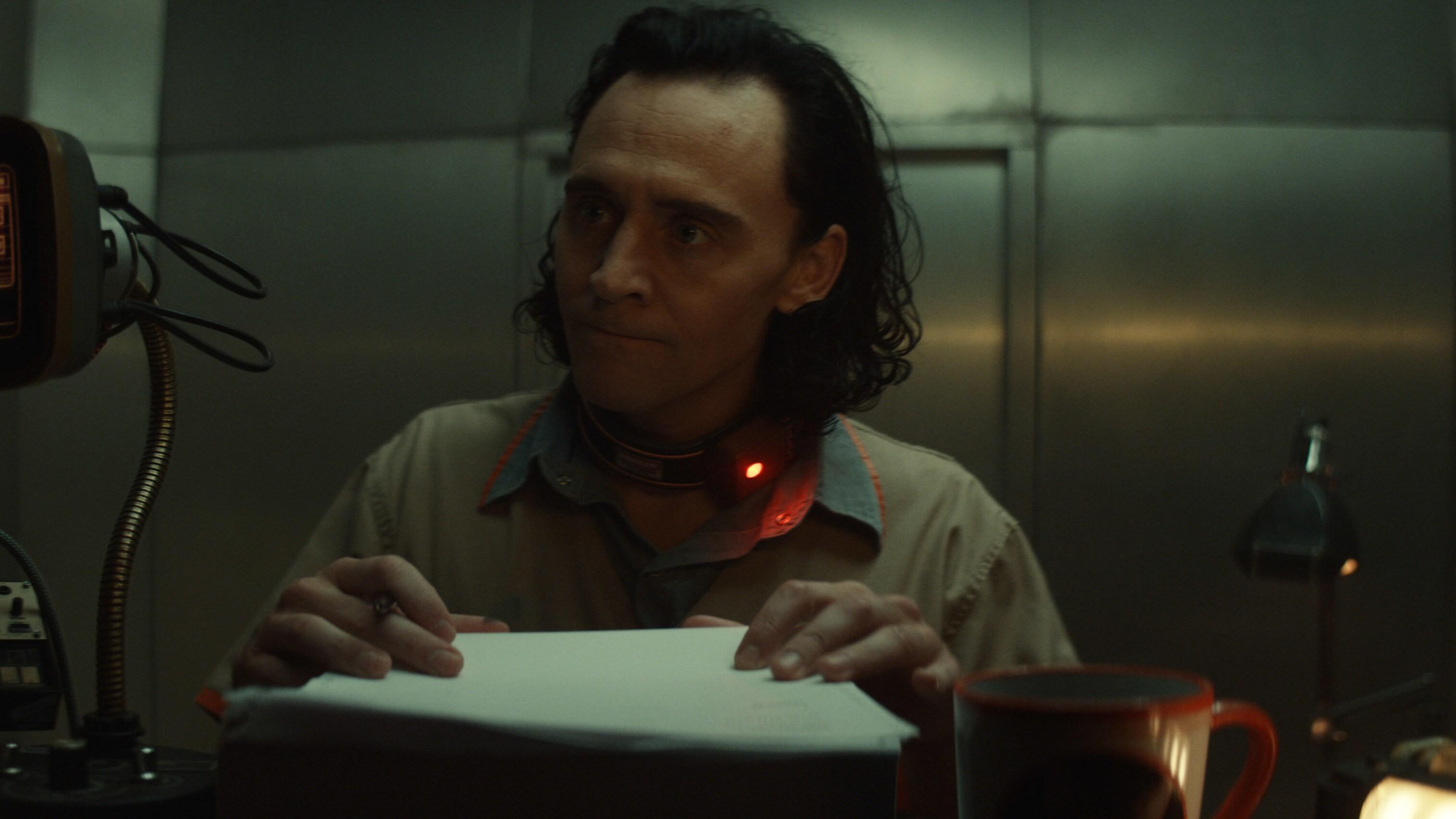 Loki (TomHiddleston) in Marvel Studios' LOKI, exclusively on Disney+. Photo courtesy of Marvel Studios. ©Marvel Studios 2021. All Rights Reserved.