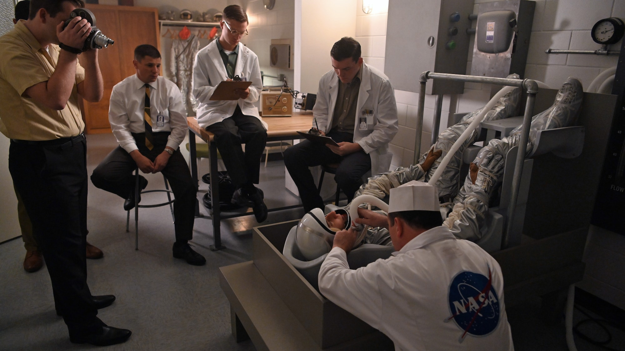 Jake McDorman as Alan Shepard (on back) in National Geographic's THE RIGHT STUFF streaming on Disney+. (National Geographic/Gene Page)