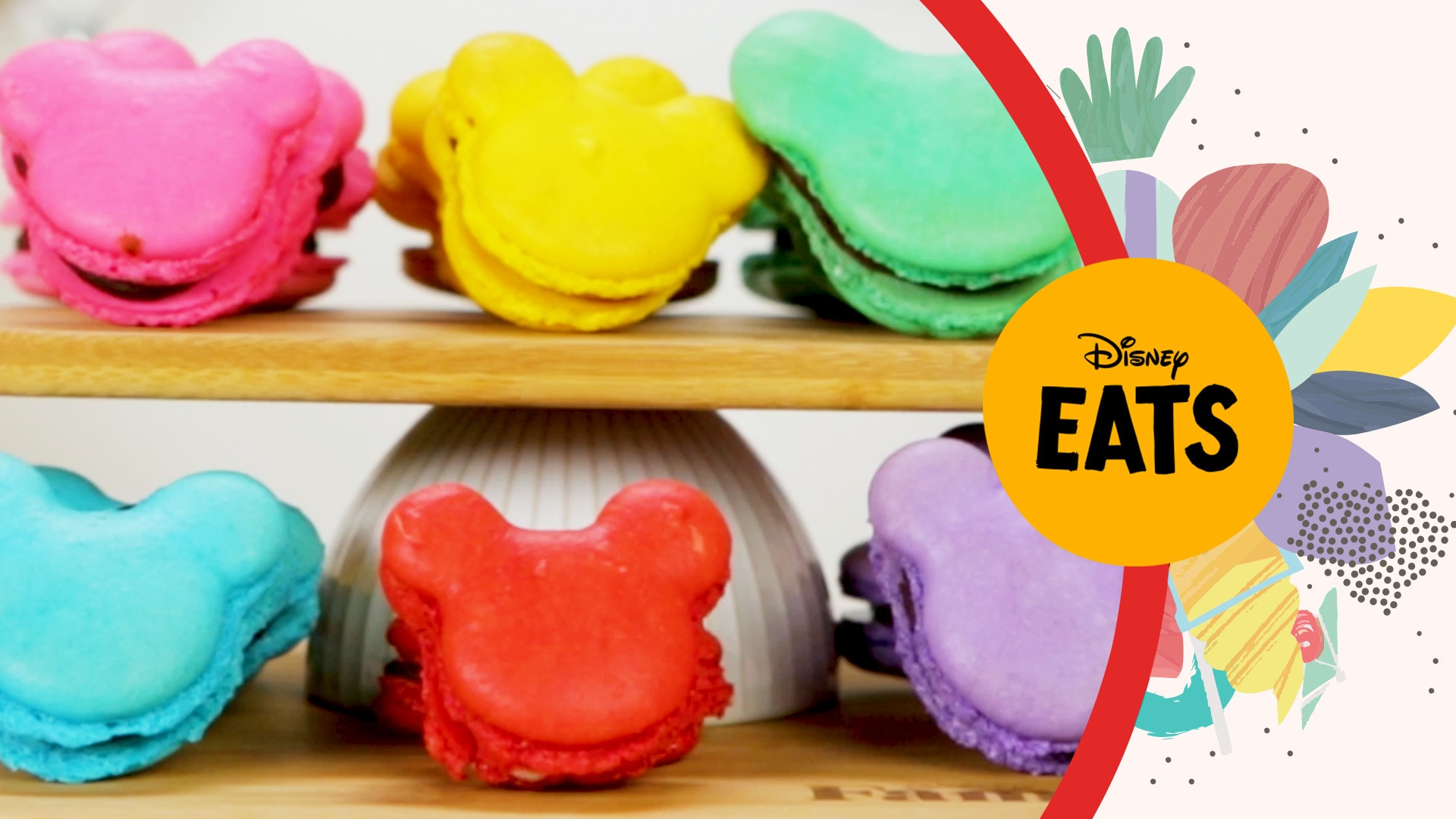 Mickey Mouse Macarons | Disney Eats