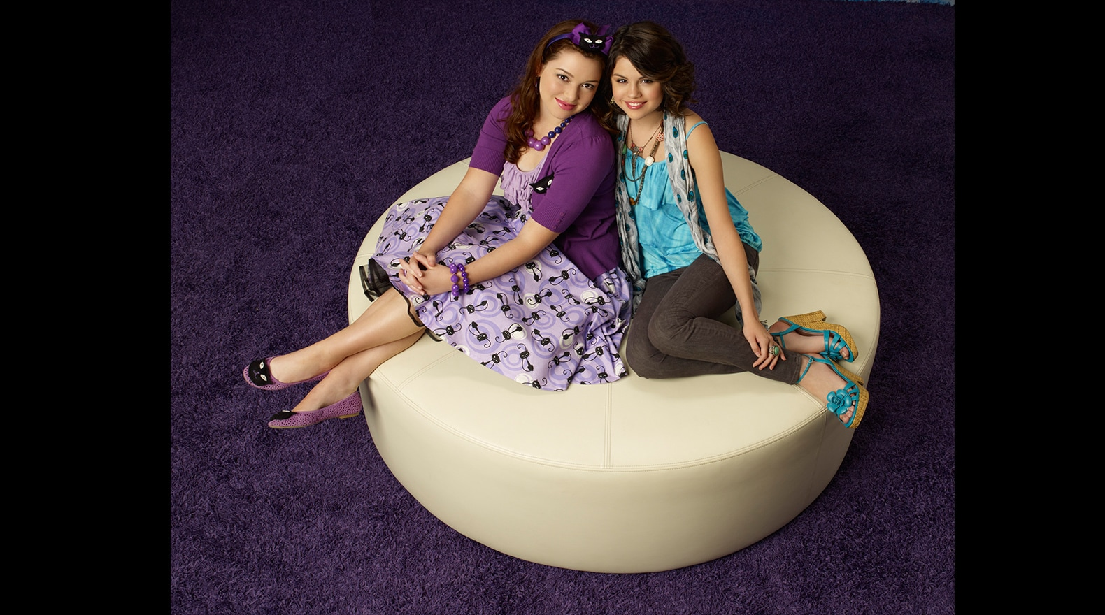 wizards of waverly place gallery disney channel uk