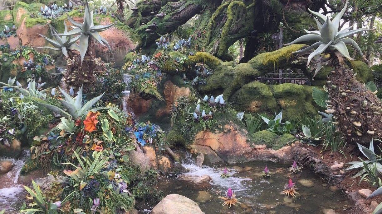 Pandoran Waters and Flora