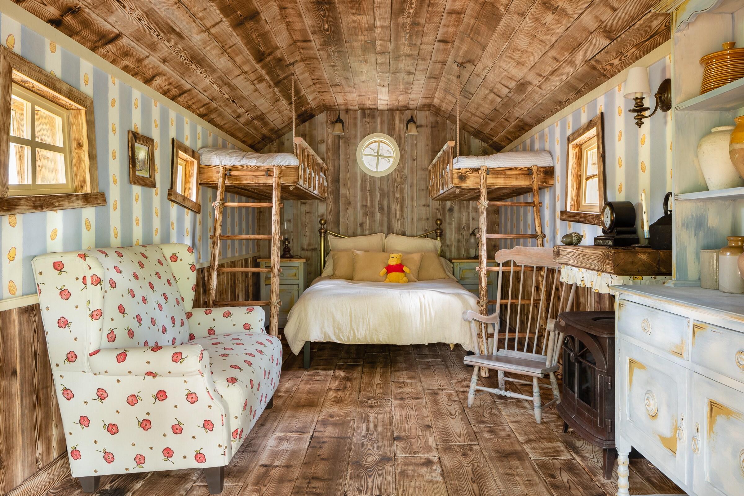 Winnie the Pooh treehouse interior