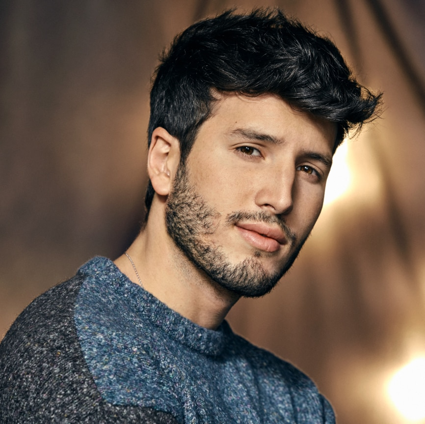 Sebastián Yatra vuelve a Chile en diciembre para el fiiS